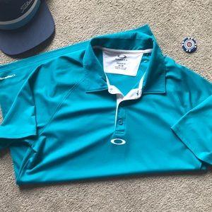 In EUC men's Oakley golf polo